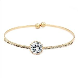 Shining gold crystal qualities bracelet